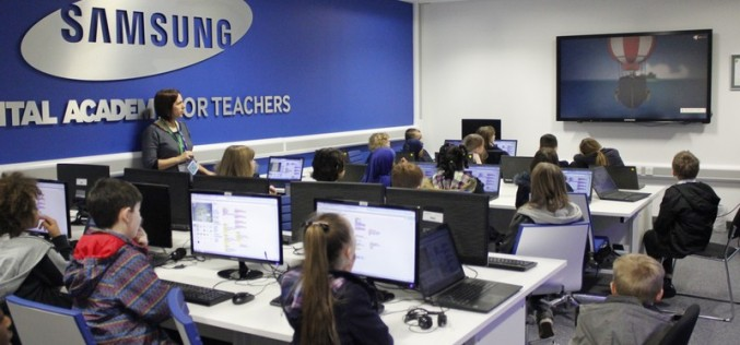 Year 4 programming at Samsung Learning Hub