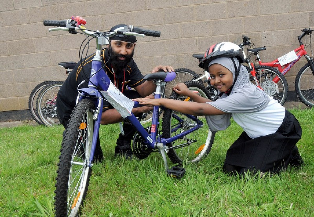 Halfords donate free bikes to our school