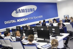 Year 2 take part in programming at Samsung Learning Hub