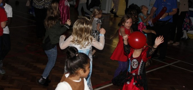 Photos of the Autumn Disco 2016