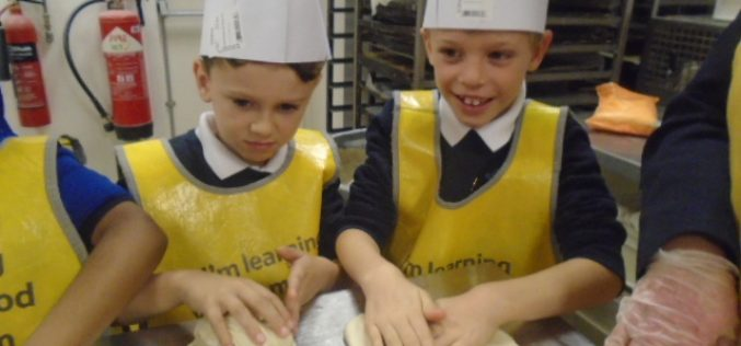 Photos of Year 2's trip to Tesco