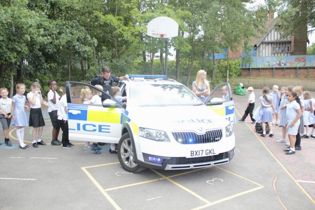 Year 3 visited by police dog handler
