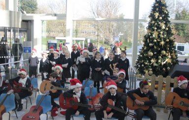 Bells Farm perform at Queen Elizabeth Hospital
