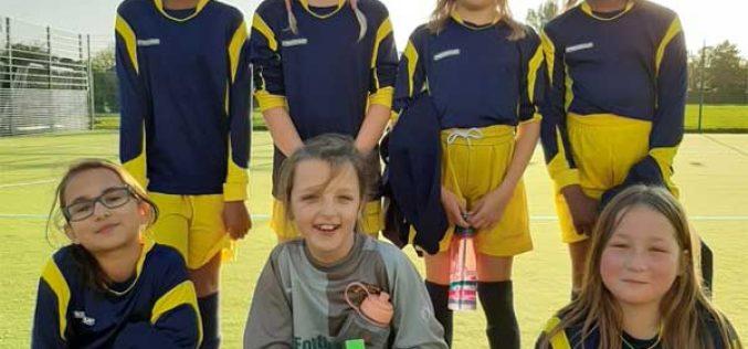 Year 6 girls reach semi-finals in 5-a-side football